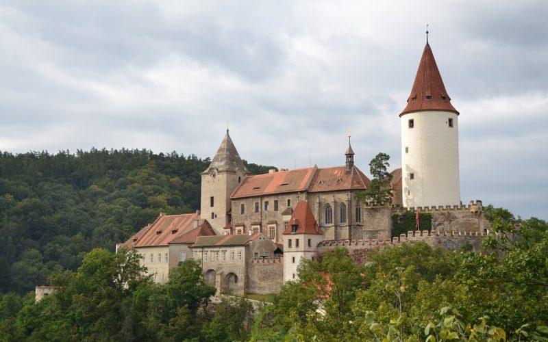 Po stopách českých pohádek. Na jakých hradech a zámcích se natáčely ty nejznámější?