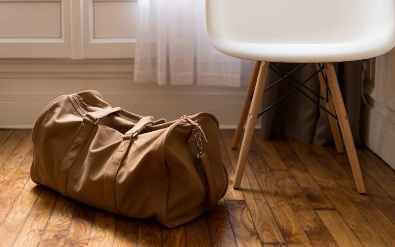 Cestování s příručním zavazadlem. Vezměte jen to nejnutnější